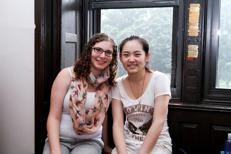 Roommates Jordan Henck from CT and Duanmu Lizhu from China.