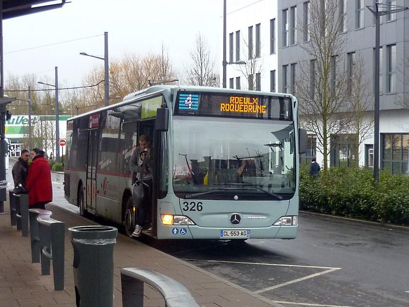 Transvilles Mercades Citaro CL553AG 326 at Denain, near Valenciennes, with service 4 to Roeulx Roquebrune.