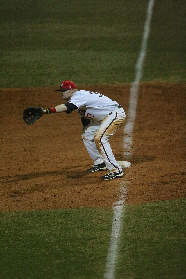 Baseball defeats Morehead State Thursday Night 3-2 in the 12th inning.
