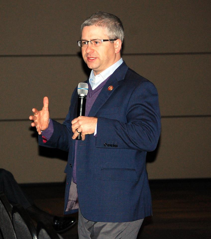 U.S. Rep Patrick McHenry visits Gardner-Webb University to speak with Walter Dalton's American Government class