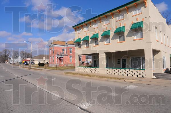 MET021913twain house 2