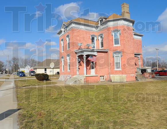 MET021913twain house3