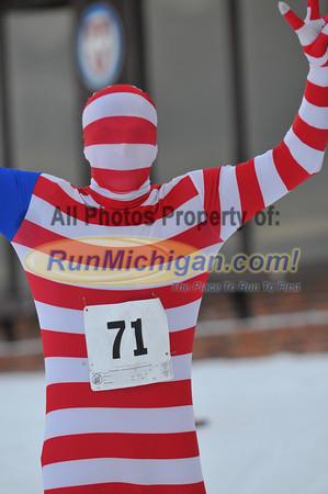 Late Race & Finish, Gallery 2 - 2013 Kahtoola Michigan Mountain Run