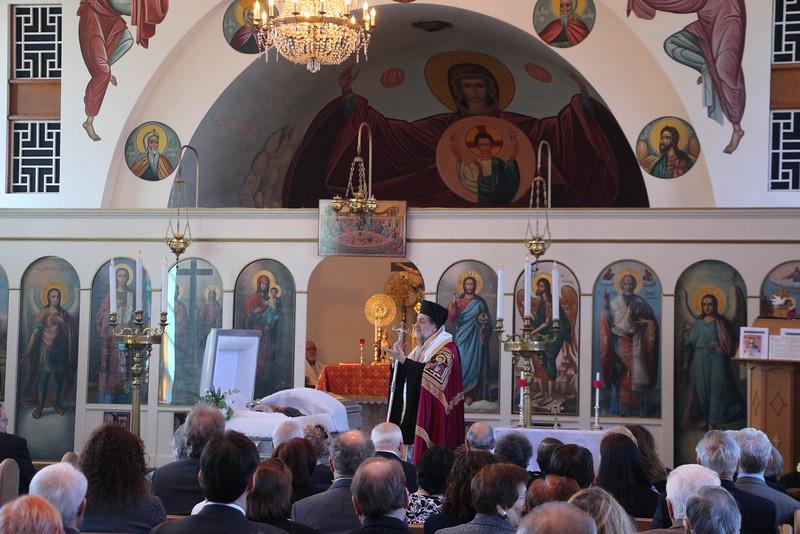 Funeral Dolores Revelos (9).jpg