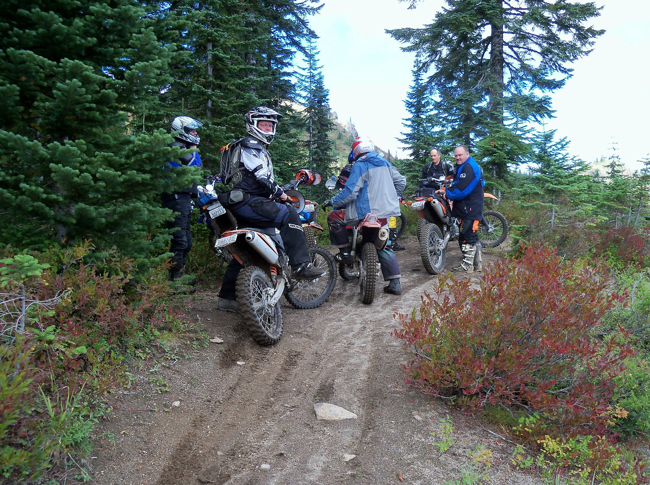 """We stayed together until the 1A Trail where the """"DS"""" ride went North on 2810 and the """"Trail"""" ride went South on the 3 Trail.."""