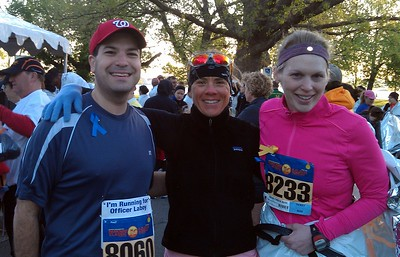 Craig (l), Coach Jenny, and fellow athlete Sara, before the race