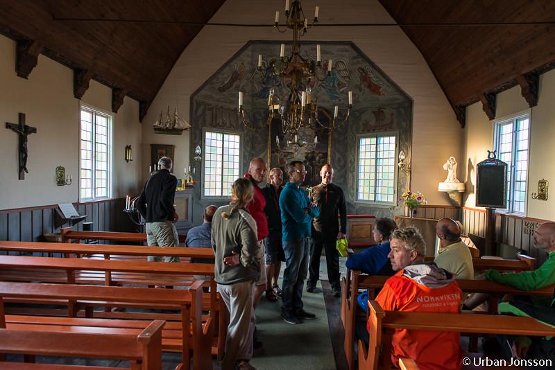 Besök i kapellet där vi skådade Harald Lindbergs målningar.