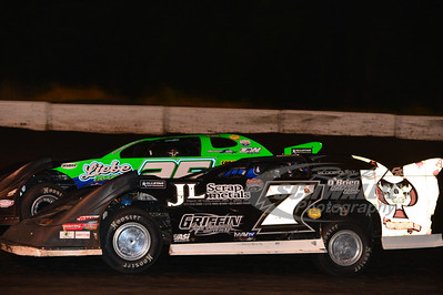 (7) Jerry Lierly and (25) Chad Simpson