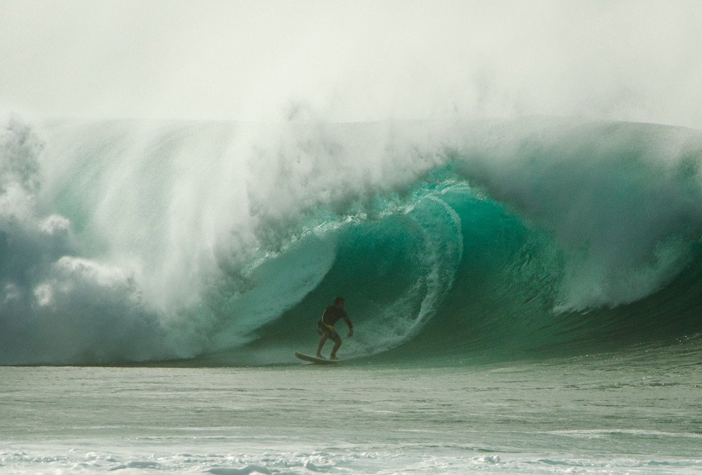 The it was kicking at the pipeline.  Hard to get decent pics due to spray the shore break, but good fun to try.