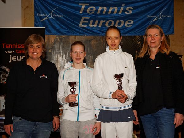 103. Finalists Girls till 14 years - Intime HEAD Junior Open 2013_03