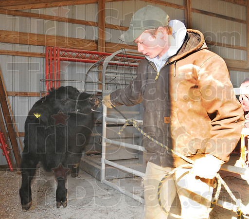 MET012613 4-Htags farmer
