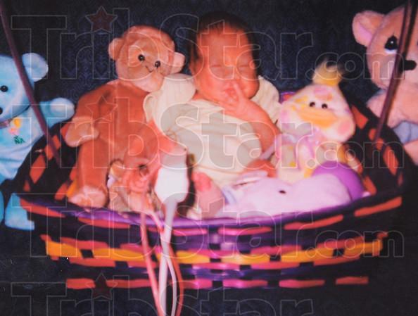 MET010313zoey basket