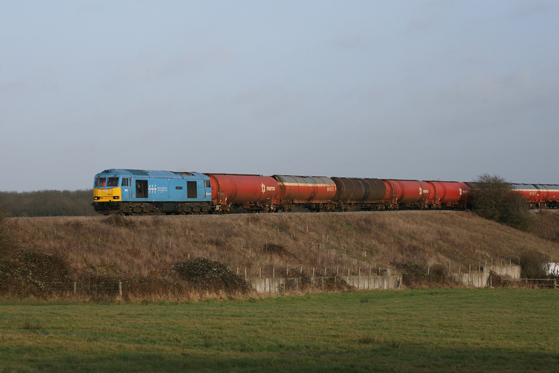 31 January 2013 :: 60074 working 6B33, the Theale to Robeston empty oil tanks pictured at Brinkworth, near Royal Wootton Bassett