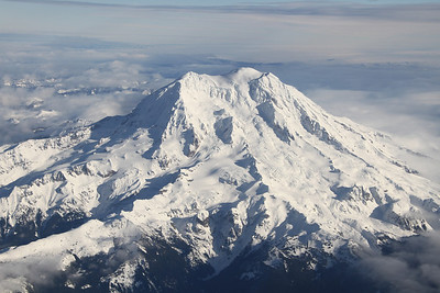 Mt Rainier from the plane