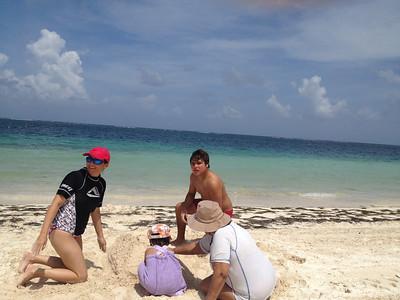 Ximena de visita en Cancún