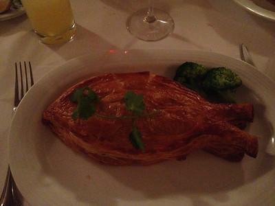 Boniquete relleno de mariscos.