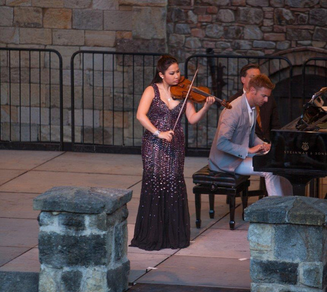 Sarah Chang and Andrew von Oeyen in concert at Castello di Amorosa.