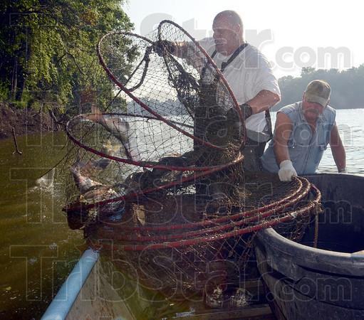 MET071913 wabash netfish