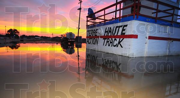 MET071513trackmud sunset