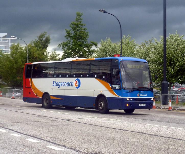 Stagecoach Bedford Jonckheere Mistral KSU461 leaving Milton Keynes Central under stormy skies with the 99 to Luton, 13/06/2013.