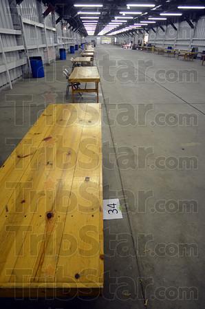 MET053113yardsale tables