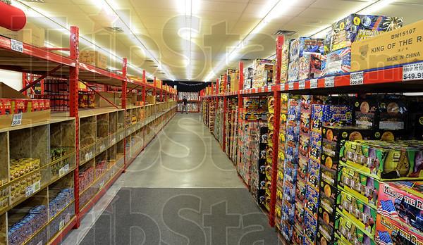 MET062613fireworks shelves