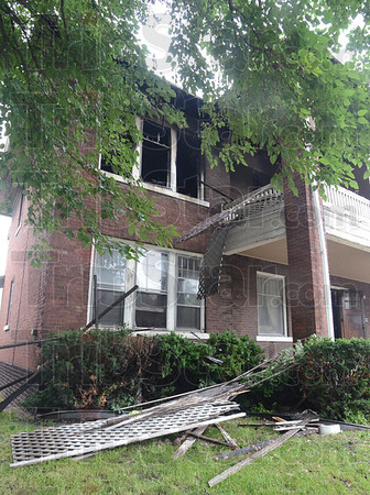 MET062413 4thstreetfire