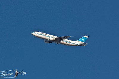 "Airbus A.300, 9K-AMB Kuwait Airways departing from Heathrow as ""KAC 104"""