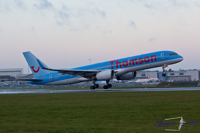 "Boeing 757 G-CPEV Thomson Airways Departs on R08 as ""TOM 9256"" to Norwich"