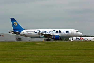 Airbus A.320 G-SUEW of Thomas Cook Airlines.
