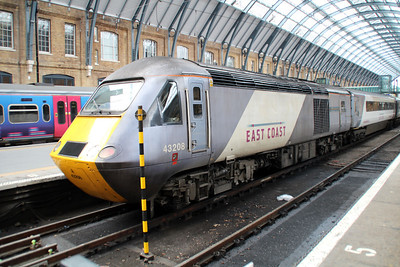 43208 sits on the blocks at Kings Cross.