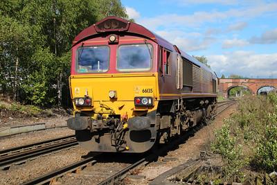 66135 1658/0s93 Knottingley-Gascoigne Wood passing Knottingley.