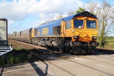66701 1802/6y19 North Blyth-Ferrybridge passes Hillam Gates.