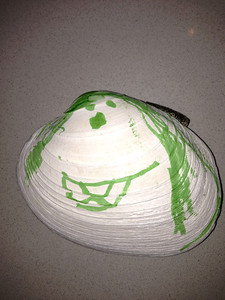 clam shell guy by amelia