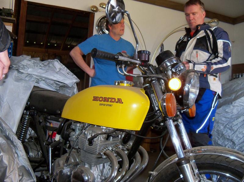 Frank & Todd talking motorcycles