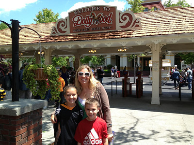 May 12, 2013 - Mother's Day At Dollywood