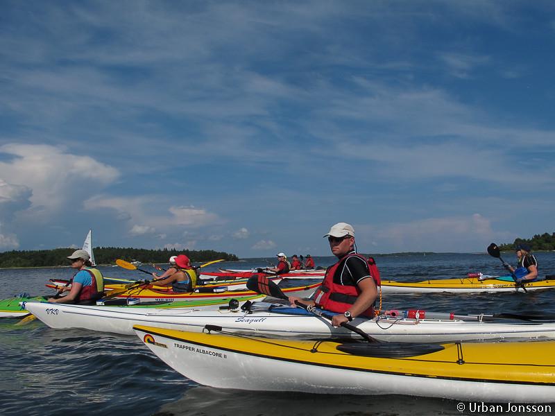 Lite farleder passerades i tät formation så ev motorbåtar förhoppningsvis ska välja annan väg &#22