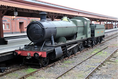 GWR 2800 2-8-0 2885 at Birmingham Moor Street.