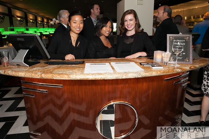 IMG_8426.jpg Diane Lo, Collette McCry, Samantha Anton