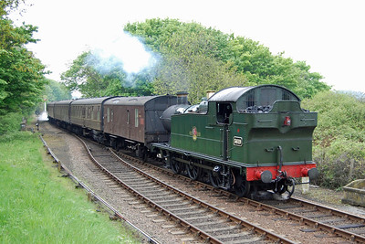 GWR 0-6-2 tank 5619 arrives at Weybourne with the 1115 departure from Holt to Sheringham (18/05/2013)