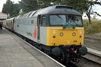 47376 waits to depart from Cheltenham Race Course with 2L74 1650 to Toddington (28/07/2013)