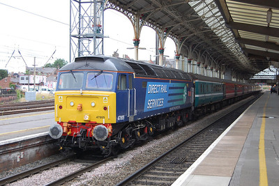 47805 arrives at Preston with Compass Tours' 1Z90 0741 Blackpool North - Dundee charter (31/07/2013)