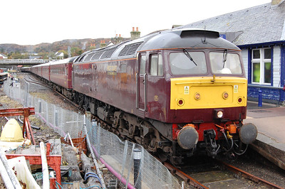 47804 is pictured again on arrival at Kyle with 1Z50 on day two of the 'Autumn Highlander' weekend (19/10/2013)