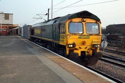 66532 1843/4E55 Felixstowe-Doncaster.