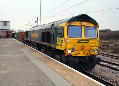 66568 1511/4E25 Thamesport-Leeds.