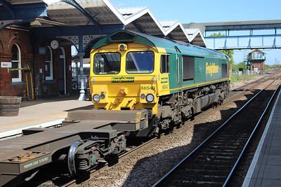 66540 1507/4L85 Leeds-Ipswich passes March 25/05/13.