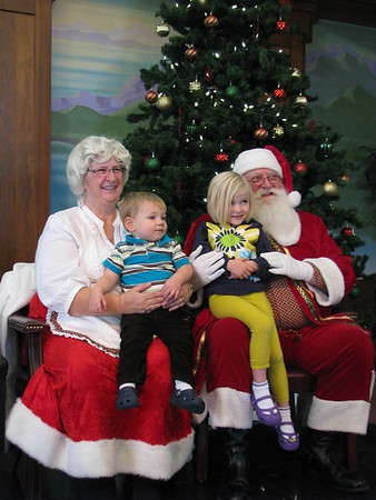 Pictures with Santa and Mrs. Claus 2013