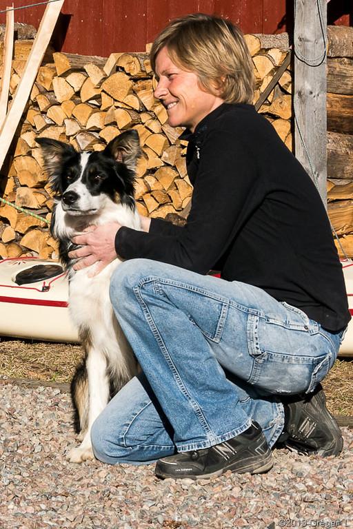 Anja med en av Svens hundar