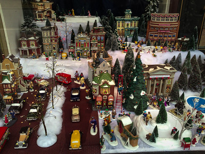Christmas window at 6th and Pennsylvania SE (Coldwell Banker).