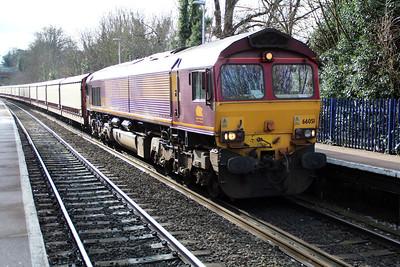 66051 1243/6m48 Southampton-Halewood passing Reading West.